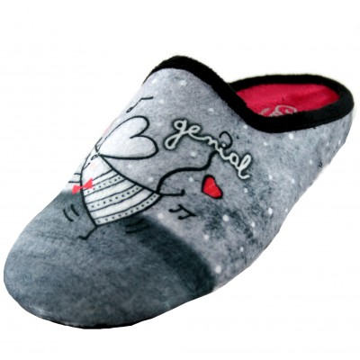 Cabrera 3044 - Woman House Slippers with Catalan Text Today I Feel Great