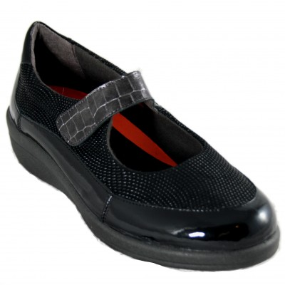 Doctor Cutillas 43512 - Mary Janes in Black Engraved Leather with Removable Insole and Velcro Closure