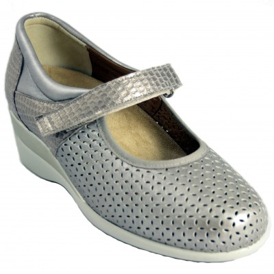 Alviflex 8046 - Holed Leather Mary Janes With Removable Insole Color Cava