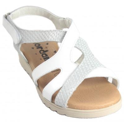 Jordana 2211 - Sandalies De Pell Creuades en Colors Blanc O Marró Amb Velcro