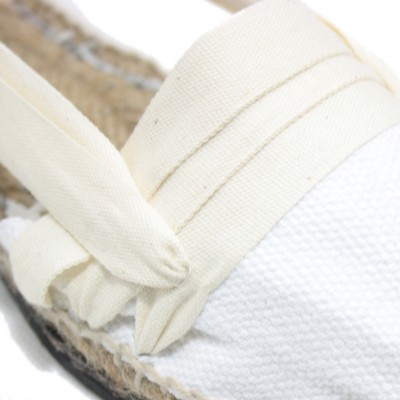 Traditional Espadrilles Flat Rubber Sole Design Three Veins or Innkeeper Color Beig
