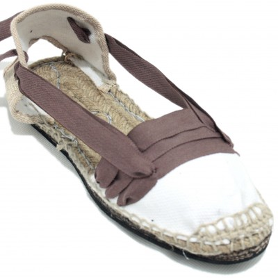 Traditional Espadrilles Flat Rubber Sole Design Three Veins or Innkeeper Color Brown