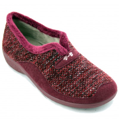 Vulcabicha 4745 - Closed Women's Sneakers with Small Wedge Bright Garnet Fabric