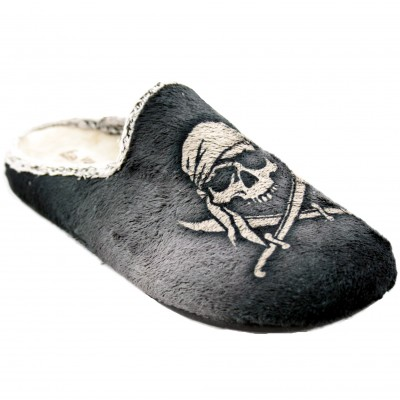 Vulcabicha 1803 - Slippers for House of Pirates Man with Skull and Boat at Night with Full Moon