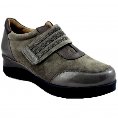 Pie Santo 195752 - Casual Women's Shoes with Gray Tones and Velcro Closure with Decorative Stones